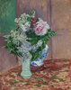 Flieder und Pfingstrosen in zwei Vasen