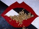 Kussmund  (Lippen und Erdnüsse)