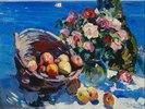 Früchtekorb und Blumenstrauss