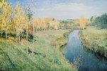 Kleiner Fluss in herbstlicher Birkenlandschaft
