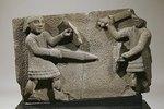 Ein römisches Basaltrelief: Krieger
