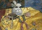 Stillleben mit Perlen und Vase