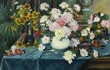 Pfingstrosen, Rosen und andere Blumen in Vasen