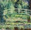 Brücke in Monets Garten mit weißen Seerosen