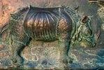 Rhinozeros; Bronzerelief am Dom zu Pisa