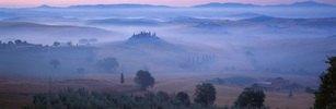 Landschaft in der Morgendämmerung im Val d Orcia, Provinz Siena, Toskana, Italien