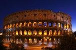 Blick auf das Kolosseum, Rom, Latium, Italien