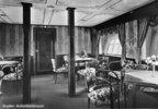 Großer Aufenthaltraum des Zeppelin Luftschiffes LZ 127. Photographie