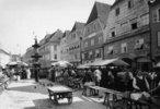 Markt auf dem Stadtplatz von Steyr. Photographie