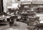 Pariser Markt. Ankunft der letzten Ladung Austern und Geflügel. Photographie. Frankreich