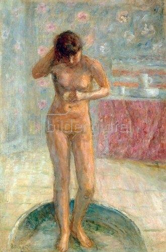 Sich waschende Frau