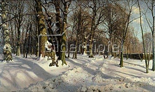 Peder Moensted: Verschneiter Winterwald im Sonnenlicht. 1908
