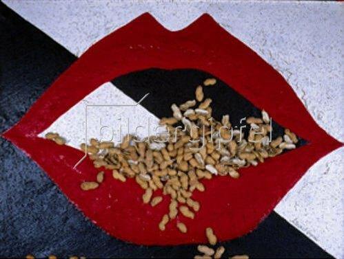 Annette Bartusch-Goger: Kussmund  (Lippen und Erdnüsse)   1985