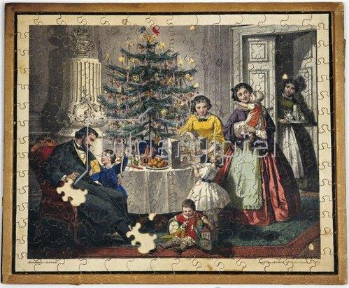 Anonym: Weihnachtsbescherung in einer bürgerlichen Familie mit fünf Kindern. Um 1880