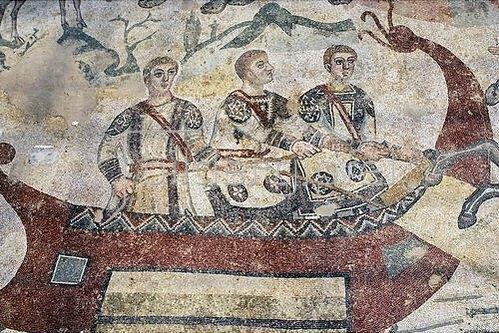 Unbekannter Künstler: Drei Männer in einem Boot. Mosaikfußboden