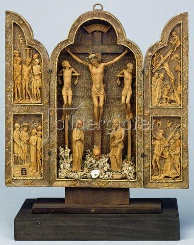 Mexikanisch: Kreuzigung Christi und Passionsszenen. Triptychon
