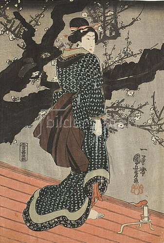 Utagawa Kuniyoshi: Frau, nachts unter einem blühenden Pflaumenbaum. Um 1848