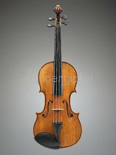 Antonio Stradivari: Eine Geige, bekannt als 'The Penny'. Cremona, ca. 1700. (siehe auch Bildnummern 40885 und 40886)