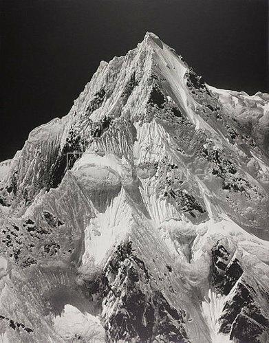 Vittorio Sella: Himalaya-Expedition des Fotografen und Forschungsreisenden Vittorio Sella: Der Gipfel des Zemu. 1909.