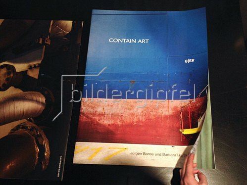 Hartmann / Banse: Contain Art - Foliant