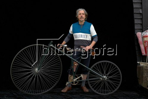 Horst A. Friedrichs: Cycle Style.<p>Cally with Lawson Bicyclette re-creation 2005.