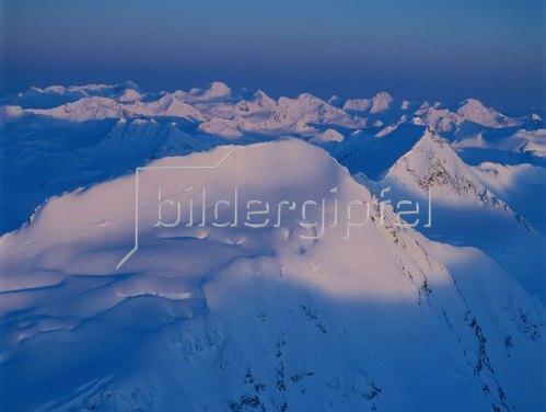 Letztes Sonnenlicht über den Chugach Mountains, Alaska, USA