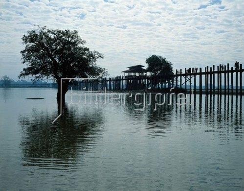 U-Bein-Brücke, Taungthaman See bei Amarapura, Mandalay, Burma