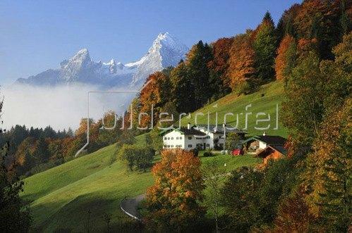 Bergbauernhof bei Maria Gern gegen Watzmann im Berchtesgadener Land, Oberbayern,