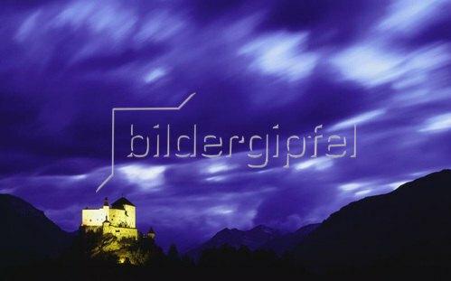 Tarasp, view of the castle, Engadin, Alpen, Graubünden, Schweiz