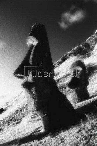 Rapa Nui National Park,Rano Raraku volcano,Moai statue,Osterinsel,Valparaiso,Chile