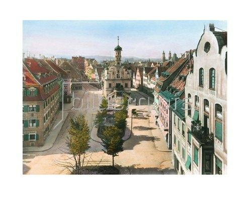 Bayern um 1900 in Farbe: Der Rathausplatz in Kempten. Bayern. Deutschland. Handkoloriertes Glasdiapositiv um 1905.