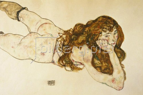 Egon Schiele: Am Bauch liegender weiblicher Akt von Egon Schiele. 1917.