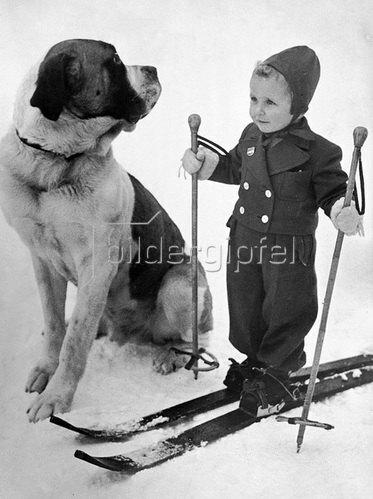 Zwei gute Skikameraden. Photographie um 1930