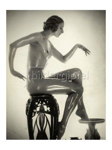 Manassé: Teresa Paoly, Tänzerin, vor 1926