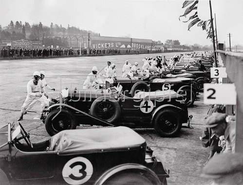 Der Start zum Great Motor-Race. Brooklands, England. Photographie. 1930