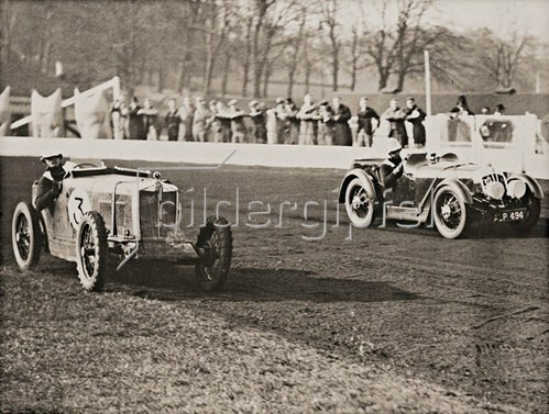 Automobilrennen des Speedway Racing Driver's Club. England. Photographie. 1934