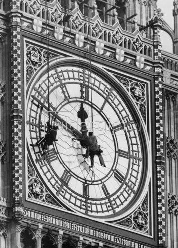 Der Big Ben wird gereinigt. London. Photographie. Um 1930.