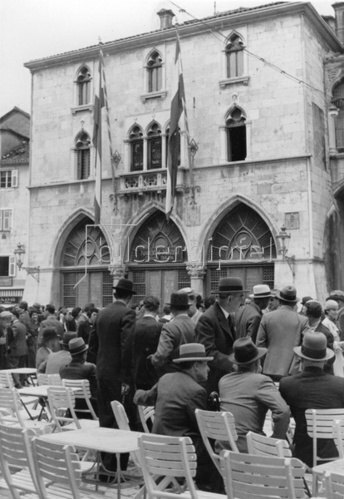 Das alte Rathaus von Split. Photographie. Um 1930.