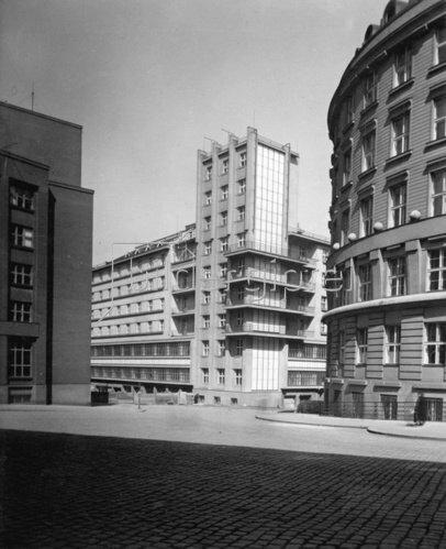 Gebäude in Prag. Photographie. Tschechien. Um 1930.