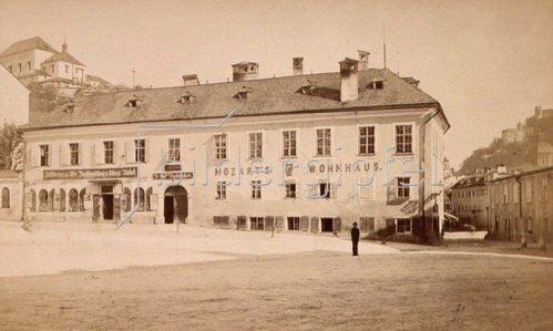 Ansicht von Mozarts Wohnhaus. Salzbug. Österreich. Photographie. Um 1890