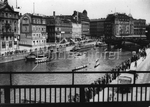 Auftakt der Berliner Rudersaison 1934
