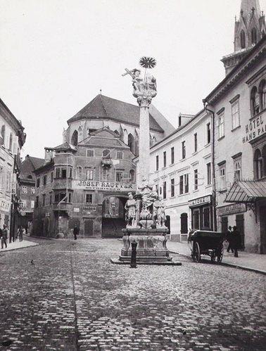 Stadtplatz in Villach, Kärnten, Österreich. Photographie. Um 1890.