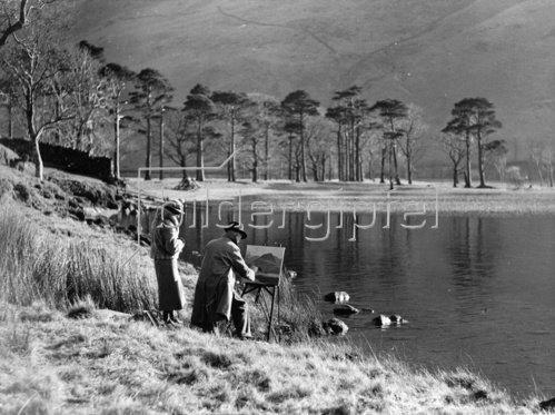 Maler am Ufer des Buttermere Sees. England. Photographie. 2.2.1938.