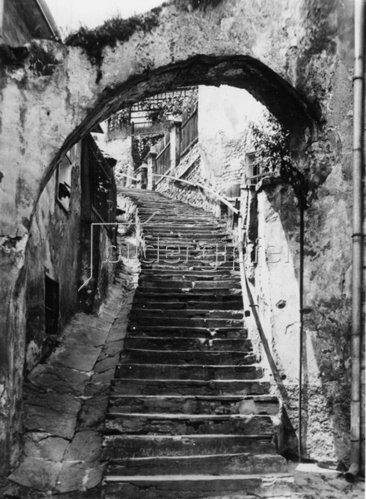 Alte Treppe in Stein an der Donau. Niederösterreich. Photographie. 8.4.1942