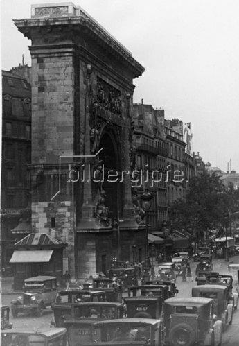Das ehemalige Stadttor St. Denis. Paris. Frankreich. Photographie. Um 1935.