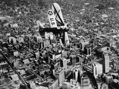 Flugzeug über Detroit. Photographie.