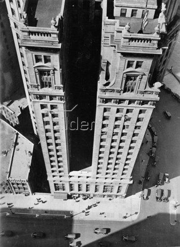 Das London Guaranty Building am Wacker Drive. Chicago. Photographie. Um 1935.
