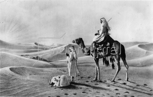 In der Sahara. Photographie. Um 1935.