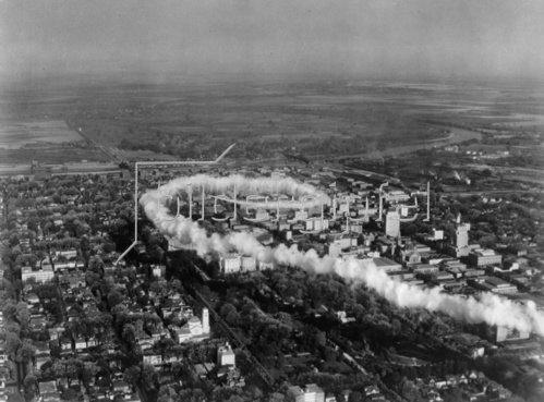 Flugzeug über Sacramento. USA. Photographie. Um 1930.