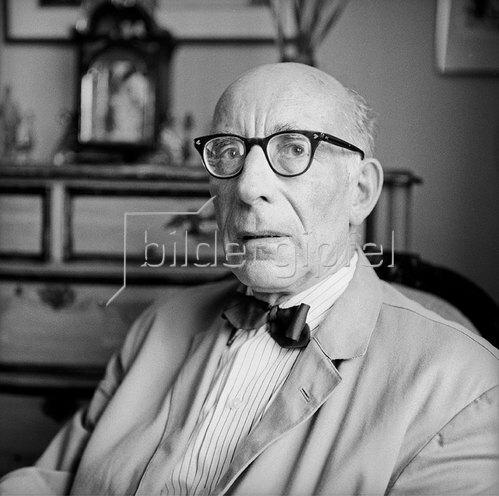 Der Österreichische schriftsteller Hans Flesch-Brunningen. Photographie um 1965